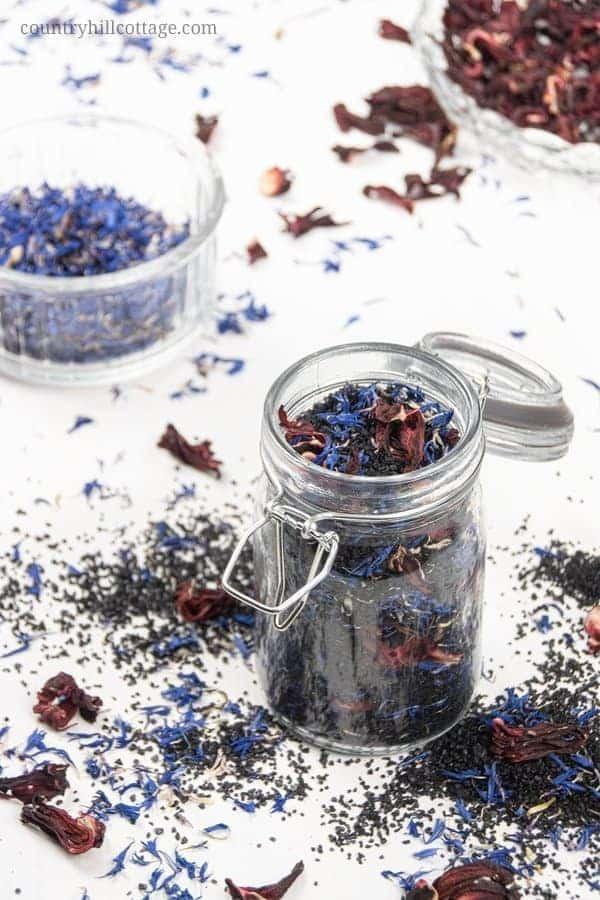 DIY Aromatherapy Bath Soak Recipe