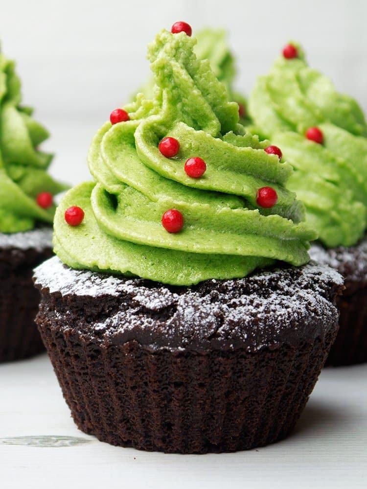 Healthy Christmas Tree Cupcakes
